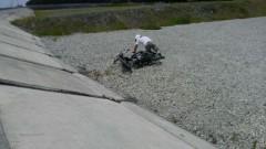 トライアルバイクの練習 3
